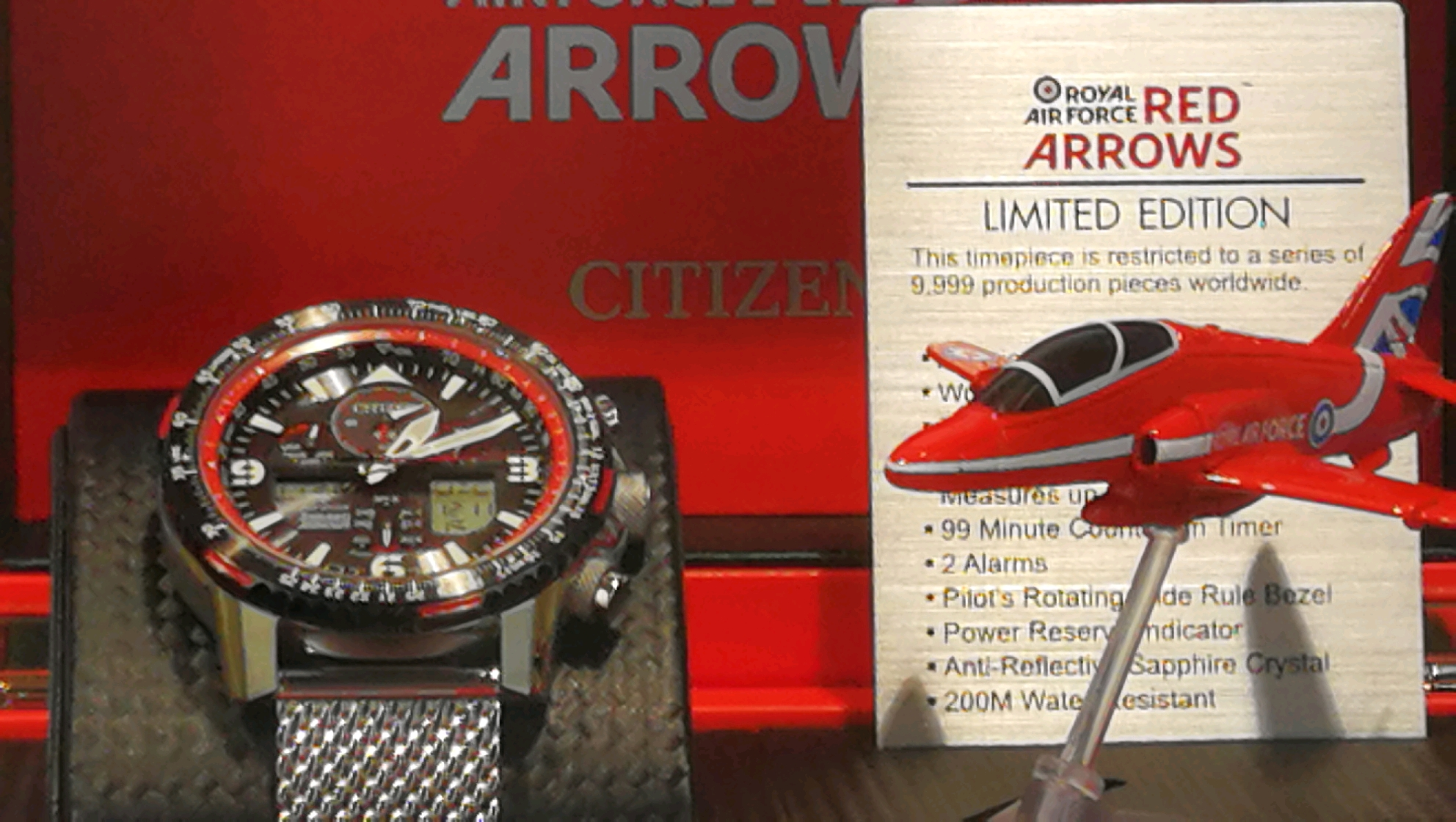 Red arrow watch picture